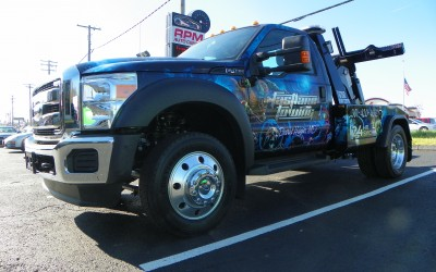 Fastlane Towing Tow Truck Wrap Aliens Theme